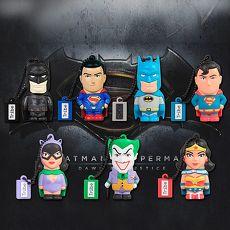 義大利TRIBE ~ 蝙蝠俠VS超人 8GB 隨身碟 ~ 收藏組