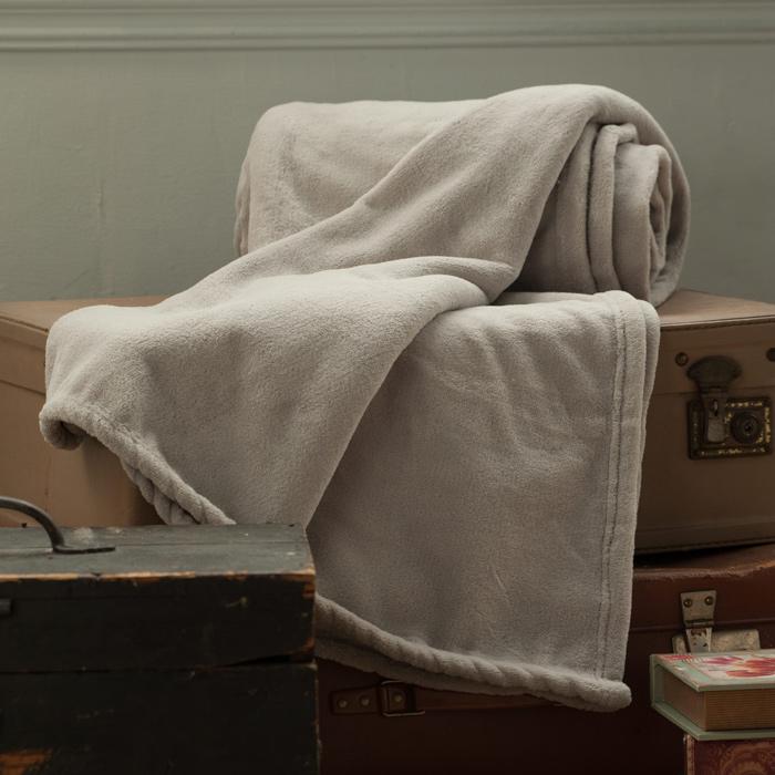 【BBL Premium】超纖柔多功能100%聚酯纖維. 素色舒眠毯(礦石灰)