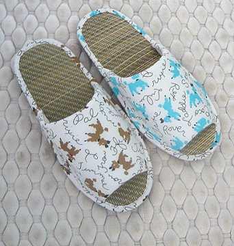 (e鞋院) 【快樂狗】兒童藺草室內拖鞋