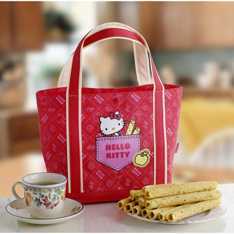【Hello Kitty】芝麻蛋捲禮盒-黃蘋果