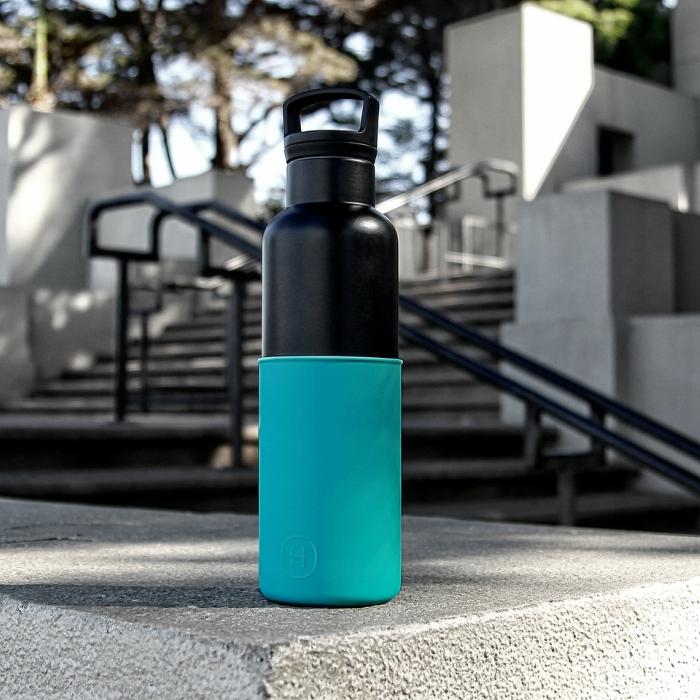 【美國HYDY】時尚保溫水瓶-黑瓶+深青矽膠套