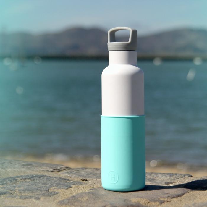 【美國HYDY】時尚保溫水瓶-白瓶+北極藍矽膠套