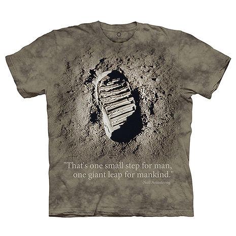 【摩達客】(預購)美國進口The Mountain Smithsonian系列 偉大的一步 純棉環保短袖T恤
