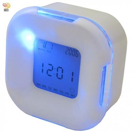 ~特價~月陽超炫多功能萬年曆溫度計計時器四面鐘鬧鐘(UI2606)