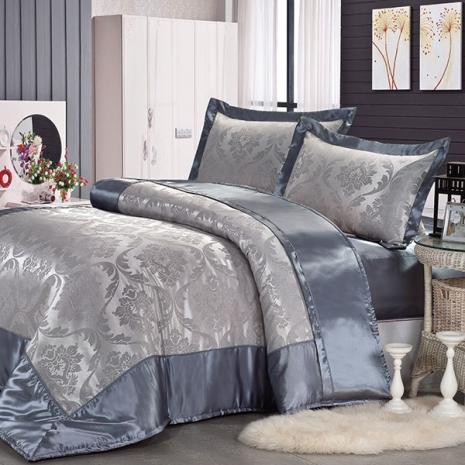 《GALATEA》沙定緹花-灰藍.雙人加大絲緞四件式床包鋪棉兩用被組