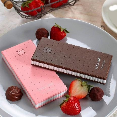 MEGA KING 隨身電源 7000 iCookie (已通過政府BSMI認證)(草莓/巧克力 2種外型可選)草莓