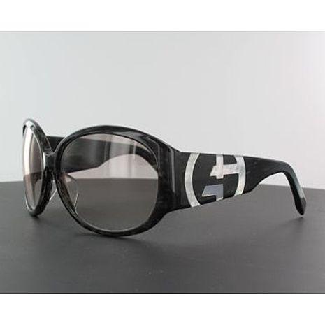 Giorgio Armani裸空LOGO黑框眼鏡-黑色