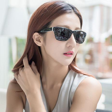 YSL-時尚太陽眼鏡 (黑色)活動品