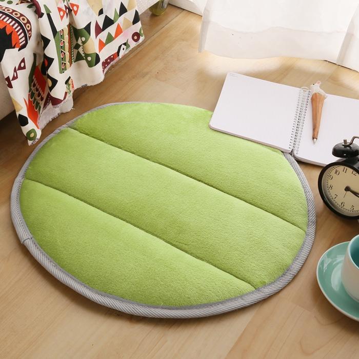【HomeBeauty】細緻法蘭絨超厚款圓型地墊-直徑50cm-八色任選(活動)牛奶白