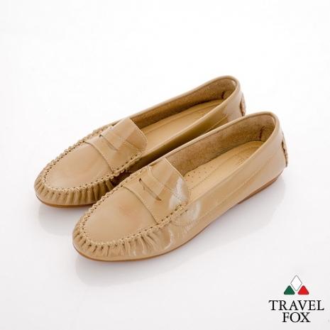Travel Fox(女) SOFT-柔軟舒適 亮面直套牛皮簡約休閒鞋 - 可可36