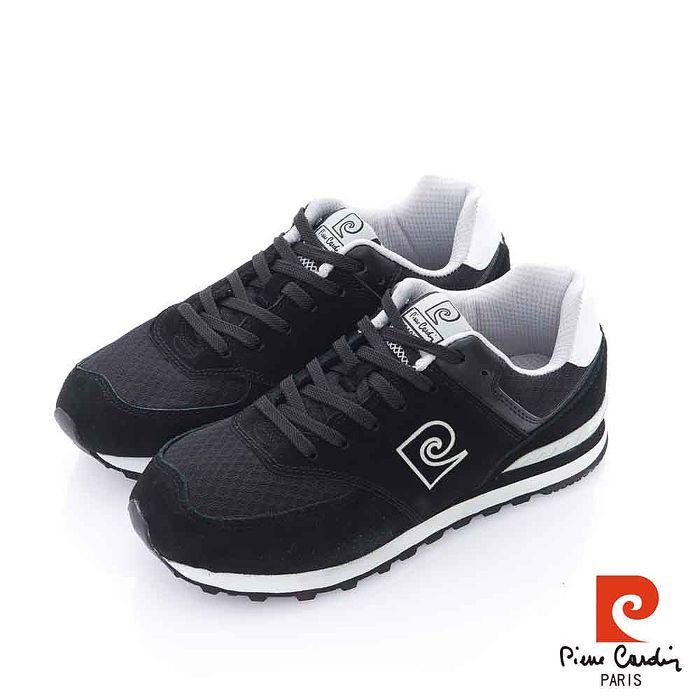 Pierre Cardin(女) - 純色復古 全包覆式舒適運動慢跑鞋 - 70黑