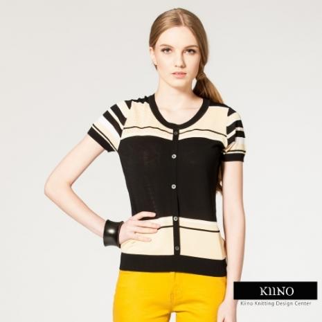 【KIINO】時尚雙色塊拼接挑洞圓領針織衫(黑)M-2LXL
