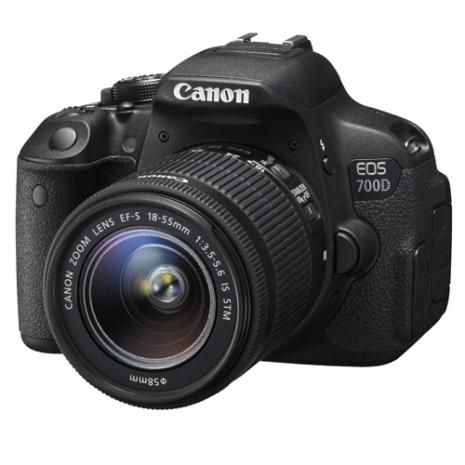 Canon EOS 700D附18-135mm STM變焦鏡組(中文平輸)~送64G+副電+單眼包+中腳+防潮箱等大全配