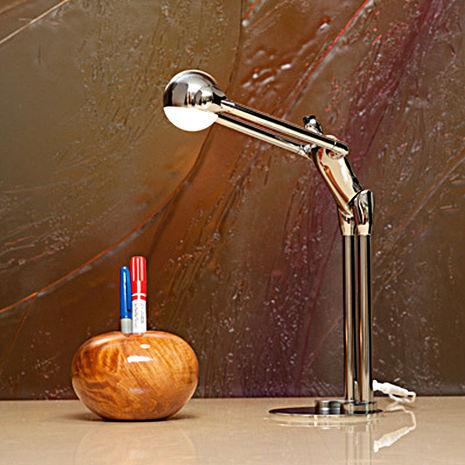 Man2max《樂於貢獻》LED節能桌燈/檯燈.鋁合金創意造型,可互動且富意義*送禮首選