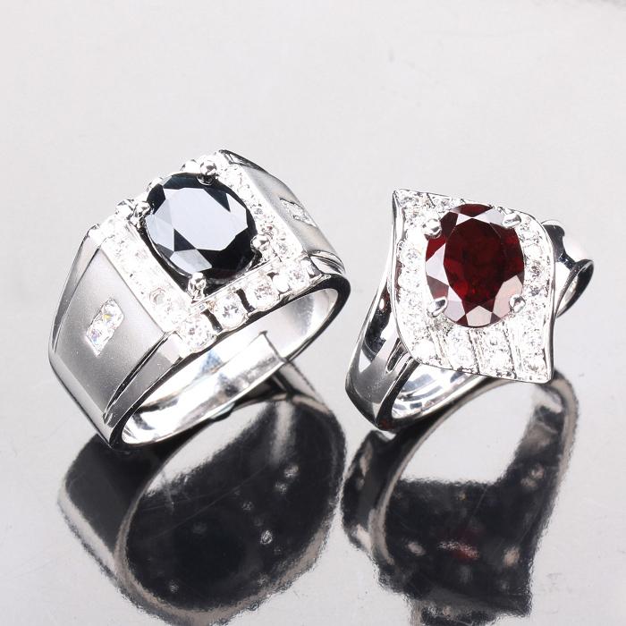 【雅紅珠寶】幸福時刻天然2克拉黑藍寶石/2克拉紅榴石對戒