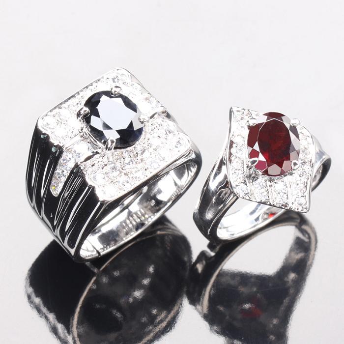 【雅紅珠寶】幸福纏綿天然2克拉黑藍寶石/2克拉紅榴石對戒