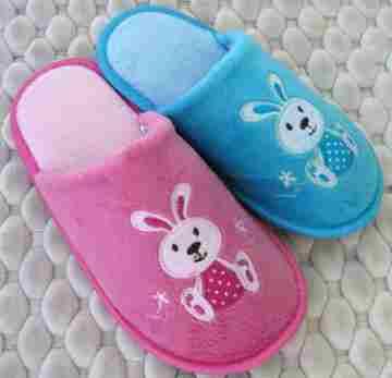 (e鞋院)【HAPPY兔】絨毛兒童室內拖鞋