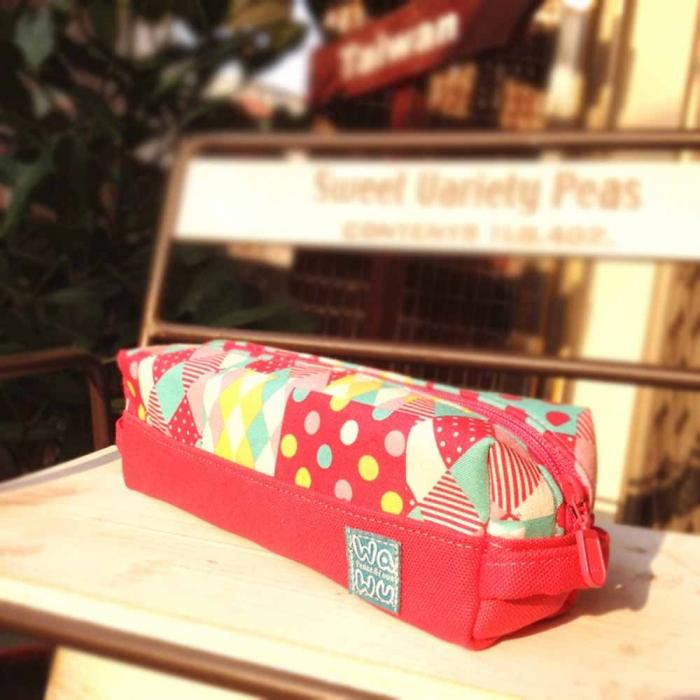 WaWu 吐司筆袋 / 筆袋, 工具袋,紙膠帶收納袋 (繽紛粉格)-服飾‧鞋包‧內著‧手錶-myfone購物